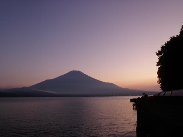 山中湖の夕焼け富士山