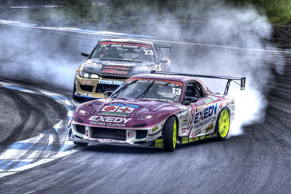 D1GP 2011 エビス 追走1st stage たかやまけんじFD3S vs 内海彰乃S15 HDR
