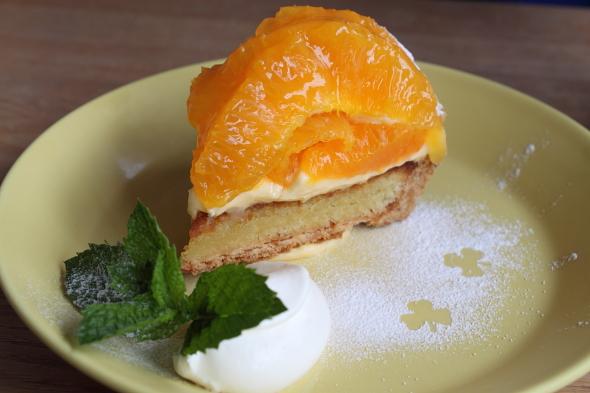 TARO CAFE オレンジのタルト
